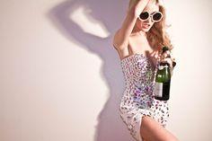 Extravagant Designer Womens Pearl Round Fashion Sunglasses 8527