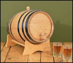 No personalization on this Oak Barrel - see our other barrels to customize. Accessories: Laser Inscribed design, Stand, Bung, Spigot and Storing Tablet. For 1 liter - Only Steel Hooping Available, no Black.