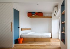 sorama me Inc. の オリジナルな 寝室 渋谷区の住宅