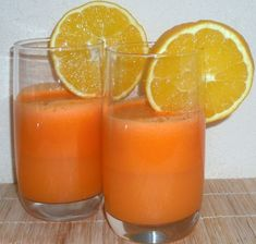 Juice Extractor Recipe: Best Recipes to Make With Your Juice Extractor Detox Juice Recipes, Juice Extractor, Magic Bullet, Raw Food Recipes, Grapefruit, Food To Make, Cocktails, Drinks, Good Food
