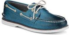 Sperry Top-Sider Gold Cup Authentic Original Burnished Leather 2-Eye Boat Shoe in blue..