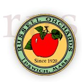 Russell Orchard farm in Ipswich, MA. Perfect for pick your own fruits, hot cider donuts, hayrides and playing with farm animals. Apple Picking Farm, Apple Picking Season, Berry Picking, Apple Season, Apple Orchard, Pick Your Own Fruit, Farm Store, Boston Things To Do, Corn Maze