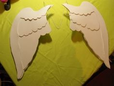 ~ Foam Cosplay Wings ~ Pit (Kid Icarus) tutorial Maybe add feathers to foam?