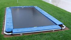 In-Ground Trampoline. Wish I'd thought about this when my kids were little. Maybe my daughter wouldn't have broken her arm!