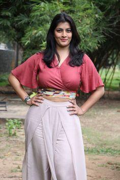 Varalaxmi Sarathkumar Photos At Sathya Movie Success Meet-06  #heroinephotos #heroineimages #actresshot #teluguheroines #teluguheroinesphotos #Tollywood #Bollywood #Kollywood #Hot