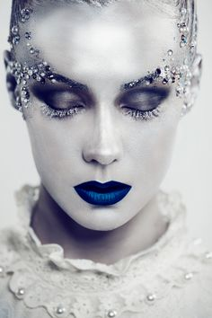 Full Series: http://www.darkbeautymag.com/2013/11/siyana-kasabova-princess-of-december/  Photographer/Retoucher: Siyana Kasabova Makeup: Natalia Marszalek – Passion4Makeup Model: Georgie Riot