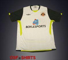 SUNDERLAND-Away-2009-2010-FOOTBALL-SHIRT-Jersey-Maglia-Camiseta-Soccer-Umbro-XL  http://www.ebay.com/itm/-/332054071579