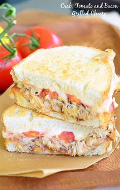 Crab grilled cheese made with lump crab, fresh tomatoes, crispy bacon, and lots of gooey mozzarella cheese. Finger-licking sandwich just for seafood lovers. Grilled Cheese Recipes, Crab Recipes, Burger Recipes, Grilled Cheeses, Panini Sandwich Recipes, Crab Sandwich, Grilled Sandwich, Soup And Sandwich, Paninis