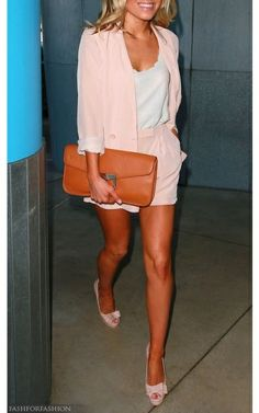 Mollie King Short Suit - Mollie King showed off her tan in a feminine pale pink short suit and a scalloped top. Mollie King, Pretty Outfits, Cute Outfits, King Fashion, Women's Fashion, Short Suit, Glamour, Work Wardrobe, Mode Inspiration