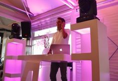 Beautiful wedding DJ show #party #wedding #dj #dance #djbooth #bruiloft #muziek