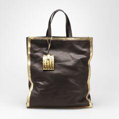 #fallfaves Bottega Veneta Nero Oro Gilded Waxed Leather Tote. $1,920. #loveNatickMall