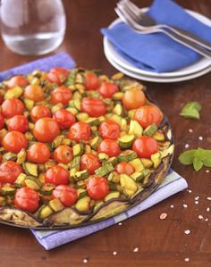 Crustless Veggie Tart This would make a great breakfast, lunch or dinner or summer party side - primal, paleo, gf
