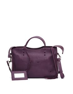 Discover Women's Collection by Balenciaga Classic City, Balenciaga Bag, Pop Fashion, World Of Fashion, Fashion Trends, Purple Leather, City Bag, Luxury Branding, Parisian