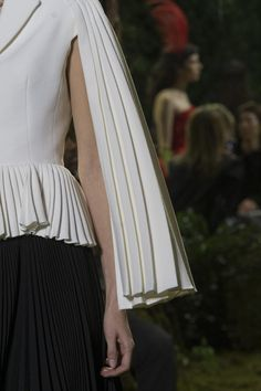 Christian Dior at Couture Spring 2017 - Details Runway Photos