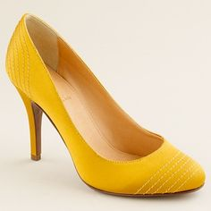 621cb6fb5cd j. crew pump. I think these would look great with a navy blue dress