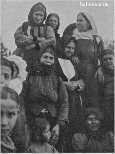 Women and children in the region of Eleusis, around 1917 Greeks, Children, Women, Art, Antique Photos, Young Children, Art Background, Boys, Kids