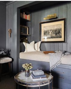 Home Decor Habitacion This Country House In Memphis Makes An Argument For Gothic Decor.Home Decor Habitacion This Country House In Memphis Makes An Argument For Gothic Decor Alcove Bed, Bed Nook, Cozy Nook, Bedroom Alcove, Bedroom Art, Cozy Bedroom, Elle Decor, Home Luxury, Luxury Living