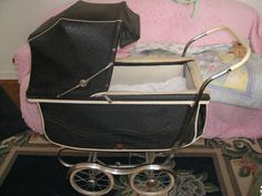 Baby Carriage: yes this was the type of carriage I remember having even with my little brother. So I believe it was also the one used for me!