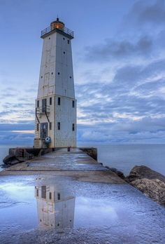 ✯ Frankfort, Michigan lighthouse