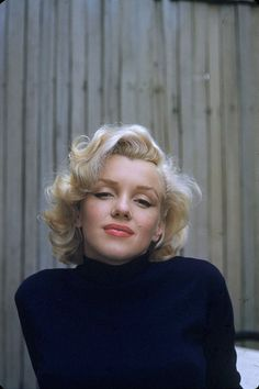 Today in History: Marilyn Monroe is Born (1926) (http://www.lomography.com/magazine/lifestyle/2012/06/01/today-in-history-marilyn-monroe-is-born-1926)