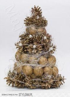 Zobacz zdjęcie mix w pełnej rozdzielczości Holiday Fun, Christmas Time, Christmas Wreaths, Christmas Crafts, Christmas Decorations, Christmas Ornaments, Holiday Decor, Thanksgiving Diy, Pine Cone Crafts