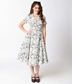 Collectif 1950s White Autumn Leaves Caterina Shirt Swing Dress