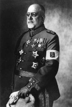Deputy of the Commission on the creation of the Finnish civil guards. Johannes Ferdinand (Hannes) Ignatius  (1871-1941), staff captain 1900. Received his military education in the cadet corps in Hamina 1885-1892, and in the Nicholas Academy of the General staff in St Petersburg 1896-1899. He served in the Finnish Dragoon regiment