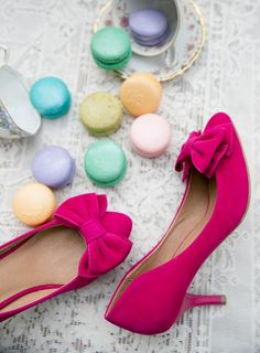 A pop of pink is perfect for spring! A pair of heels is a great way to include one of my favorite colors to your wardrobe!