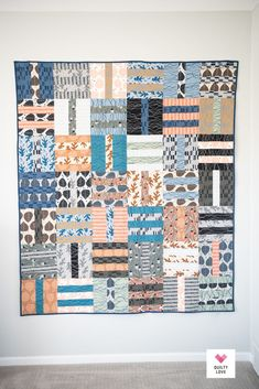 Fat Quarter Dash quilt pattern Quilt Patterns Free, Fabric Patterns, Fat Quarter Projects, Fat Quarter Quilt, Saturated Color, Fat Quarters, Sewing Projects, Quilts, Trail