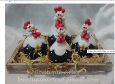 m Polymer Clay Miniatures, Fimo Clay, Polymer Clay Crafts, Farm Crafts, Diy And Crafts, Chicken Crafts, Decorative Gourds, Clay Birds, Chickens And Roosters