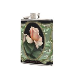 Create your own custom flasks with any pictures as you like.