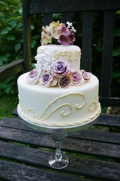 flowers and swirls #cake