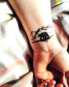 60 Polar Bear Tattoo Designs For Men - Arctic Ink Ideas Neue Tattoos, Body Art Tattoos, Girl Tattoos, Small Tattoos, Tattoos For Women, Tattoos For Guys, Tatoos, Ship Tattoos, Temporary Tattoos