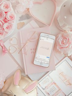 Rose Gold Aesthetic, Baby Pink Aesthetic, Aesthetic Colors, Flower Aesthetic, Iphone Wallpaper Tumblr Aesthetic, Aesthetic Pastel Wallpaper, Aesthetic Wallpapers, Book Wallpaper, Galaxy Wallpaper