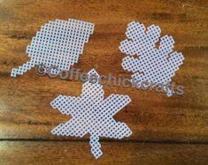 Autumn leaves crochet pattern Crochet leaf pattern by goolgool
