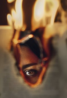 beauty Photography perspective - Miriam Eme – Embers people portrait Best Ideas for Life Beauty Photography, Fire Photography, Perspective Photography, Creative Portrait Photography, Conceptual Photography, Artistic Photography, Vintage Photography, Creative Self Portraits, Digital Photography