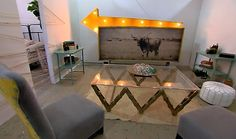 From Picker Sisters - Old chain made into hip industrial modern table.and old sig with new steer canvas.Love the Picker Sisters! Home Decor Colors, House Colors, Beautiful Houses Interior, Beautiful Homes, Coffee Table Base, At Home Store, Modern Table, Upcycled Furniture, My Dream Home