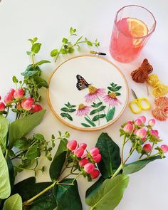 We love this summery, floral embroidery hoop, featuring cosmos flowers and a butterfly, by @maggiejosstudio! 💐 🦋 For more embroidery inspiration, visit DMC.com to see our 1000+ FREE patterns. Dmc Embroidery Floss, Modern Embroidery, Floral Embroidery, Embroidery Designs, Good Saturday, Cosmos Flowers, Flamingo Pattern, Pink Lemonade, Stationery Design