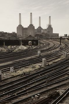 Stills Photo Tours - David Still - London Battersea Power Station Vintage London, Old London, London England, Oxford England, Cornwall England, Yorkshire England, Yorkshire Dales, Battersea Power Station, Art Deco Stil
