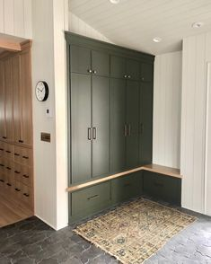 The moment we all started wishing for green cabinets for Christmas. A big fan in more ways than one, Dutch Colonial… Mudroom Cabinets, Mudroom Laundry Room, Interior Design Living Room, Living Room Designs, Green Cabinets, Dutch Colonial, Colonial Kitchen, New Homes, House Design