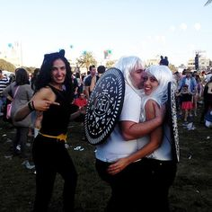 Inspiration & Accessories: Make Oreo costume for couples - Halloween Do it yourself Themed Halloween Costumes, Couple Halloween, Halloween Masks, Halloween Fun, Halloween Treats, Food Costumes, Creative Costumes, Adult Costumes, Costume Ideas