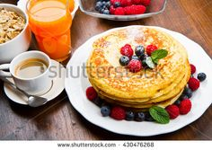 Top 4 Breakfast Restaurants in Gatlinburg TN That Will Get Your Day Off to a Perfect Start Breakfast Restaurants, Breakfast Recipes, Pancake Maker, Restaurant Deals, Good Food, Yummy Food, Yummy Recipes, How To Make Pancakes, Fruit Slice