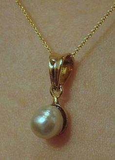Natural Basra Pearl Pendant - http://www.karipearls.com/pearl-natural.html