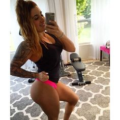 Ideas For Fitness Motivacin Pictures Squats Healthy Simply Shredded, Children Photography Poses, Fitness Photography, School Photography, Fitness Motivation Pictures, Gym Motivation, Fitness Photoshoot, Workout Pictures, Motivational Pictures