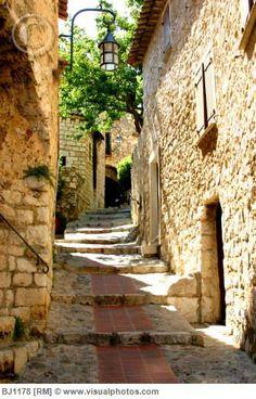 Eze.... I love this wonderful little village on a mountain top near Monaco