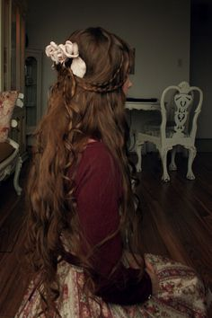 if i ever feel tired of growing out my hair i will look at this.