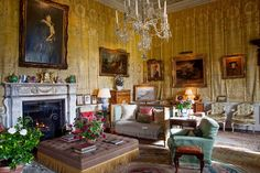 Houghton Hall, recently restored by a 20th century heir. http://www.thestylesaloniste.com/2014/09/fabulous-new-art-and-decorative-arts.html?utm_source=feedburner&utm_medium=feed&utm_campaign=Feed:+thestylesaloniste/pnaL+(the+style+saloniste)&m=1