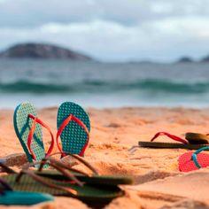 Sandália 100% reciclável e feita sem materiais tóxicos. Garanta já a sua! <3
