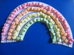 Preschool, Pre-k Art / Craft: make a marshmellow rainbow.  Could be done with rainbow unit or St. PAtrick's Day.