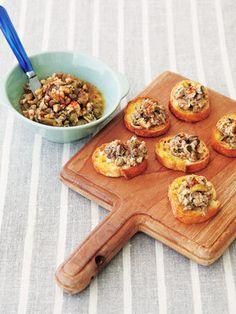 【ELLE a table】牡蠣のパテで作る、簡単ゴージャスカナッペレシピ|エル・オンライン